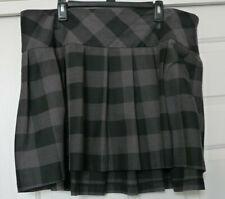 Torrid Gray and Black Plaid Mini Skirt Pleated Size 22