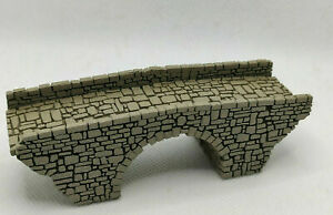 Track N Stone Arch Bridge Laser Engraved PROFESSIONALLY PAINTED VERY NICE