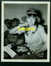 HAYLEY MILLS VINTAGE 8X10 PHOTO 1964 SIGNING PHOTOS FOR FAN CLUB SNIPE ON BACK