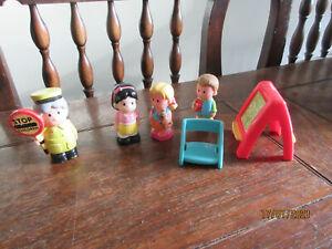 ELC HAPPYLAND SCHOOL SPARE LOLLIPOP LADY CHALKBOARD CHAIR CHILD BOY GIRL PLAYFIG