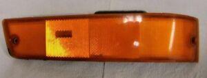 1990-1991-1992 FORD PROBE AMBER PARKING LAMP SIDE MARKER LIGHT PASSENGER SIDE
