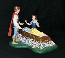 NIB WDCC Disney A KISS BRINGS LOVE ANEW Snow White Ltd Ed 810/1650 COA Postcards