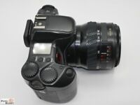 Yashica 300 Autofocus SLR Kamera Objektiv 28-85mm Macro F/3,5-4,5 lens (Top)
