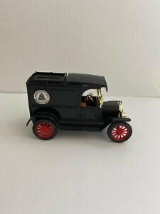 Ertl Replica Ford 1913 Model T Van Bank