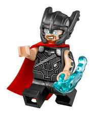 lego Super Heroes Thor ( 76084 ) mini figure w/ cape w/ tracking