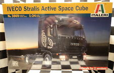 Italeri 3869 Iveco Stralis Active Space Cube  1:24 Plastic Model Kit 553869