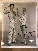 ACTRESS DORIS DAY SIGNED VINTAGE STUDIO PHOTO Warner Bros Bert Six Pajama Game