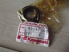 92047 005 NOS KAWASAKI CONO SUPERIORE TESTA PISTA DEL CUSCINETTO KE100 MC1
