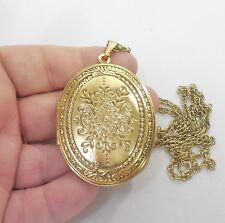 VINTAGE N.O.S. GOLD TONE VERY LARGE EMBOSSED FLORAL CREST LOCKET NECKLACE !!!!
