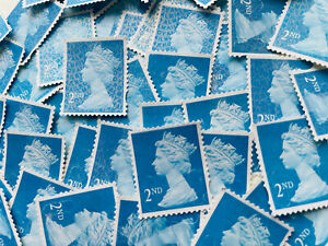 50 x UNFRANKED 2nd class stamps OFF paper. No Gum --  Face Value £33 - Bargain