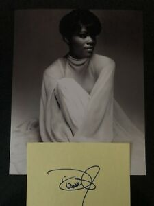 GENUINE HAND SIGNED DIONNE WARWICK INDEX CARD WITH PHOTO