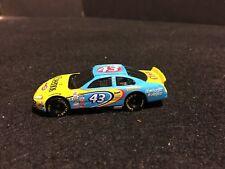 NASCAR CHEERIOS JOHN ANDRETTI   DODGE INTREPID #43 1/64 DIE CAST