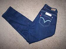 woman's size 32-34X30 Levi's 529 skinny, curvy dark wash jeans/stretch material