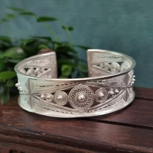 100% Handcrafted Miao Hmong Pure Silver Bracelet 999 Filigree Bangle 102