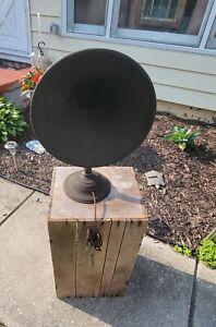Antique Atwater Kent Metal Radio Horn Speaker