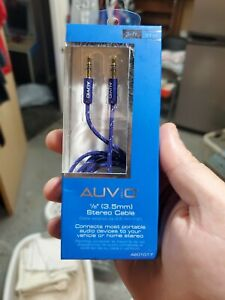 Auvio 4201016 3-Foot 3.5mm Stereo Audio Cable - Purple (IL/PL1-2823-4201016-UG)