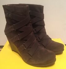 BIVIEL  WOMENS BROWN SUEDE LEATHER ANKLE WEDGE BOOTS 38 / 7 M NEW