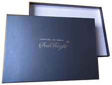 Edle Papierschachtel als Geschenkverpackung für Schals und Tücher von SeaBright