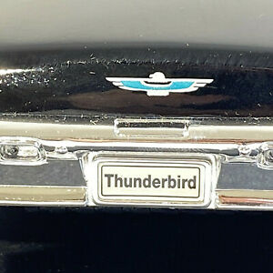 WELLY 1962 Ford Thunderbird Sports Roadster Diecast 1:18 Scale Raven Black