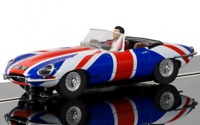 1/32 Jaguar E-Type Union Jack  Carrera 132/124, Scalextric ARC Analog , Licht