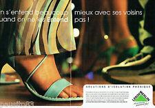 PUBLICITE ADVERTISING  026  2002  Leroy Merlin  isolatation phonique  (2p)