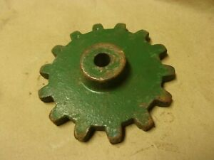 JD Oliver Corn Bean Pea Planter 14 Tooth Chain Distance Sprocket Square Tension