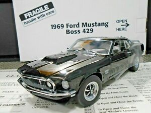"""Danbury Mint 1:24 1969 Ford Mustang Boss 429 """"Raven Black"""" Fastback W/ Papers!"""