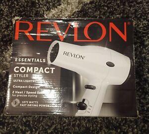 Revlon Essentials Compact Styler Lightweight 2 Heat / Speed - Fast Drying Power