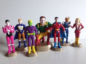 DC COMICS - COLLECTION OF LEGION OF SUPERHEROES STATUES - PERFECT CONDITION