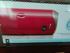 Cricut cake machine and Cartridges. In original box EXCELLENT condition