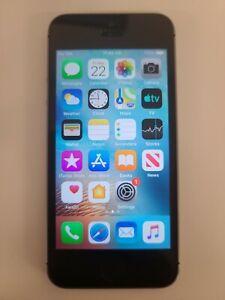 Apple iPhone 5s - 16GB - Space Gray (Verizon) A1533 (CDMA / GSM) unlocked.