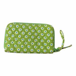 Vera Bradley Front Zip Wallet APPLE GREEN Clutch Organizer Wristlet Slim Great!