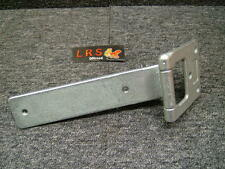 Land Rover Discovery 1 & 2 TD5 V8 Rear Tailgate Door Lower Hinge BHB700051