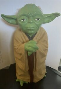 "Vintage 1981 Star Wars ""The Empire Strikes Back""Yoda Hand Puppet"