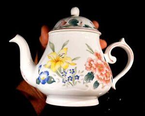 Villeroy Boch Flora Bella Large Teapot
