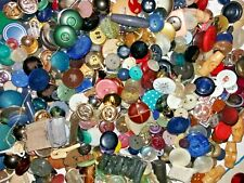 More details for large collection of over 1kg of various spare buttons, clasps etc