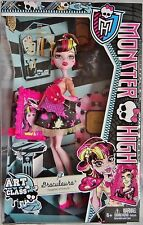 Monster High Doll - Art Glass - DRACULAURA -  Daughter of Dracula - New
