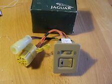 NEW GENUINE JAGUAR XJ40 XJ6 XJ12 SUNROOF SWITCH DBC4372XE BOXED DOESKIN COLOUR