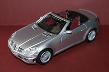 Mercedes Benz SLK55 AMG 1:24 diecast metal model 1/24