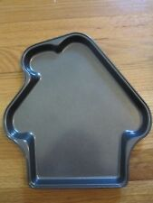 Gingerbread house cookie pan by Wilton