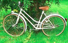 """Bicyclette ancienne de femme """"Jacques Anquetil"""" vintage"""