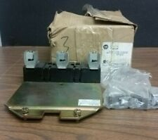 Allen-Bradley 1494F-R611 Fuse Block Adapter Plate Kit
