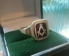 9ct Yellow Gold & Blue Enamel Masonic Swivel Ring h/m 1971 - NOT PLATED size U