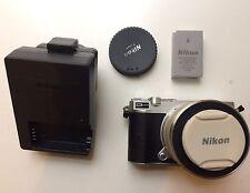 Nikon 1 J5 Compact System Camera 20.8 MP 10-30 mm VR PD-ZOOM LENS KIT 4K