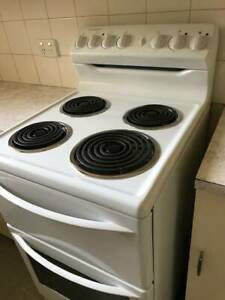 Westinghouse 540 Upright Stove/Oven