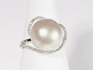 10.6mm white South Sea pearl ring, diamonds, solid 18k white gold.