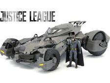 2017 Batmobile RC-Car Justice League con Batman 1:10 Mattel FRL54