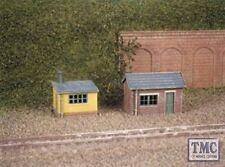 237 Ratio 2 Lineside Huts (1 brick, 1 wood) N Gauge Plastic Kit