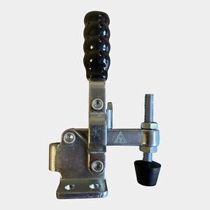 LavaLock BBQ Lid LL-12050-BLK Black Handle Vertical smoker Door Clamp 200 lb. La