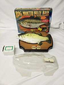 Vtg Big Mouth Billy Bass The Singing Sensation Motion Activated fish 1998 in BOX